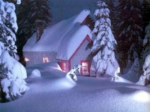 Обои праздники домик в снежном
