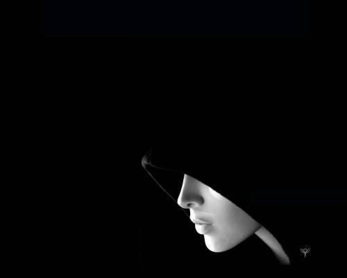 нарисованные черно белые лица девушек фото